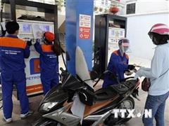 Giá xăng dầu tăng tác động mạnh tới tăng trưởng kinh tế