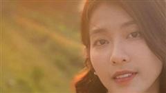 Khả Ngân lung linh trong mắt Thanh Sơn
