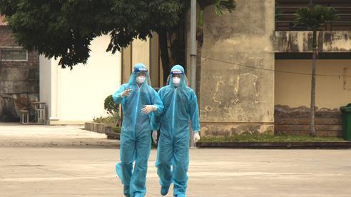 Nam công nhân mắc COVID-19, một xã ở Hải Dương cho học sinh tạm dừng đến trường