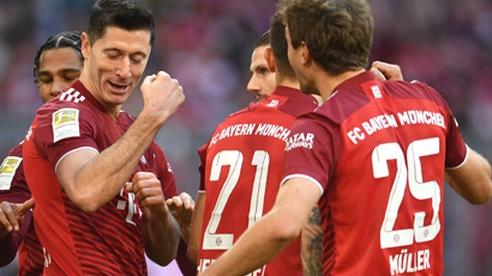 Hấp dẫn cuộc đua 'song mã' Bundesliga