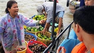 Lý do chợ nổi Cái Răng hấp dẫn hơn chợ nổi ở Thái Lan?