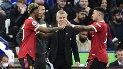 Ole Gunnar Solskjaer 'mất điểm' trong mắt cầu thủ Man United như thế nào?