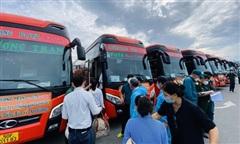 Phương Trang tiếp tục phối hợp đưa 1.655 người dân 8 tỉnh về quê miễn phí