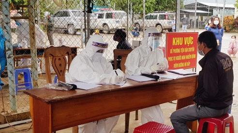 Quảng Nam: Một trường học có 56 ca test nhanh mắc Covid-19