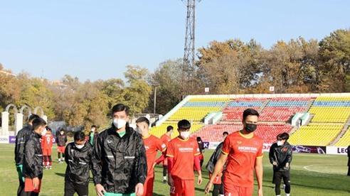U23 Việt Nam không được làm quen sân chính