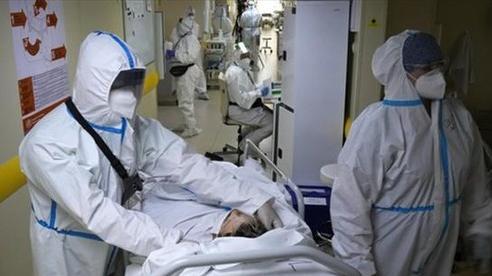 Số ca tử vong tăng mạnh, nước Nga đang chuẩn bị những ngày không làm việc