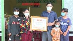 Trao bằng Tổ quốc ghi công cho tiểu thương hy sinh vì cứu người
