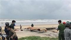 Quảng Nam: Phát hiện 3 thi thể ngư dân trôi dạt vào bờ biển