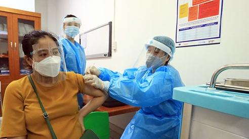 Bộ Y tế đề xuất sinh con thứ 2 thưởng gần 9 triệu đồng