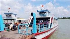 Hơn 10 bến khách liên tỉnh vượt sông Hậu được phép hoạt động trở lại