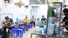 NÓNG: TP Hồ Chí Minh cho phép quán ăn uống phục vụ tại chỗ từ ngày 28/10