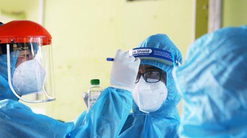 2 nữ nhân viên Bệnh viện 108 xét nghiệm lần 4 mới phát hiện dương tính SARS-CoV-2