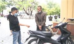 Công an phường theo dõi, bắt thanh niên gây ra 7 vụ trộm