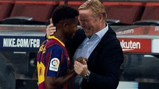 HLV Koeman dặn dò xúc động Ansu Fati trước khi rời Barca