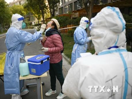 Ghi nhận ca mắc COVID-19, Trung Quốc phong tỏa thành phố thứ 3