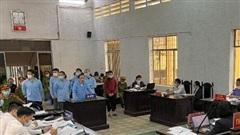 Đục két sắt xã, cán bộ tư pháp cấu kết với 7 bị cáo lĩnh án tù