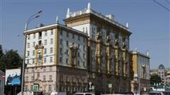 Căng thẳng về thị thực, Mỹ cảnh báo có thể dừng hoạt động Đại sứ quán tại Moscow