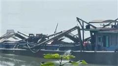 Khởi tố 4 đối tượng khai thác cát trái phép trên sông Đà