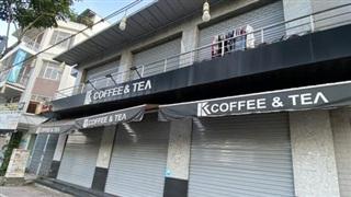 Vì sao nhiều quán cà phê, quán ăn tại TP HCM chưa thể quay lại hoạt động dù đã cho phép bán tại chỗ?