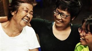 Gia đình 3 thế hệ ở Sài Gòn bất ngờ 'chịu chung bản án tử thần' và lời hứa thay mẹ trở về thăm quê hương một lần