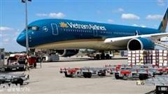 Tạm dừng cấp phép chuyến bay về Việt Nam từ Anh và Nam Phi