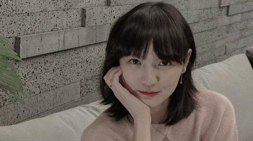 Ngay trong đêm, nhãn hàng thông báo chính thức về việc loại bỏ hình ảnh của Hải Tú sau drama 'trà xanh'