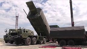 Đột nhập căn cứ quân sự khổng lồ của Nga với loạt hệ thống tên lửa tối tân