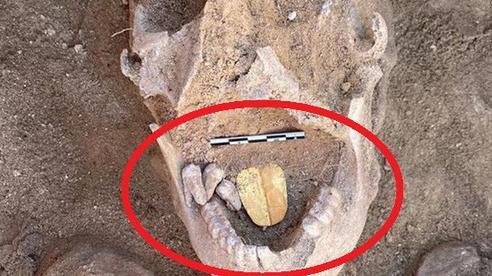 Phát hiện chưa từng có ở xác ướp 2.000 năm tuổi: Nội tạng bị loại bỏ nhưng trong miệng chứa thứ khiến nhà khảo cổ vô cùng phấn khích
