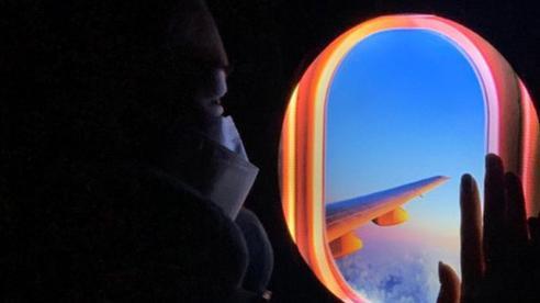 Đây là 'cửa sổ máy bay ảo' chuyên dành cho những ai đam mê du lịch hoặc sống ảo tại nhà trong mùa dịch