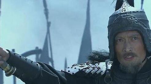 Đánh bại Quan Vũ, võ tướng hàng đầu của Tào Tháo chết bất đắc kỳ tử dưới ngòi bút của La Quán Trung