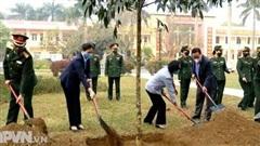Phát động Tết trồng cây tại Trung đoàn 102