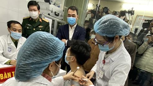 ĐỪNG LỠ ngày 23/2: Bộ Y tế nói về khả năng tai biến khi tiêm vắc-xin Covid-19; Ông Đoàn Ngọc Hải nhận lương 60 triệu sau 30 phút phụ quán cơm