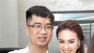 Quản lý của Ninh Dương Lan Ngọc xin lỗi về nghi vấn clip nóng trên web 18+, khẳng định đang liên hệ với các cơ quan chức năng
