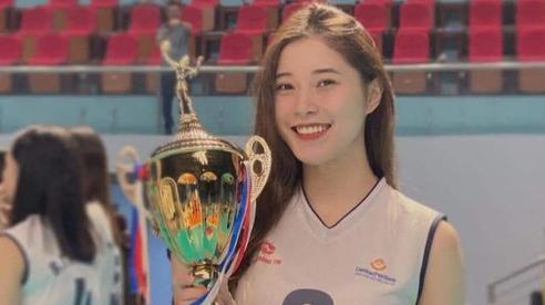 Hot girl Thu Huyền viết tâm thư giải nghệ: Đã thấy chán nản với bóng chuyền suốt 2 năm qua