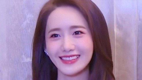 Chuyên gia trang điểm than thở rằng makeup cho Yoona khó phát điên, uẩn khúc là gì?