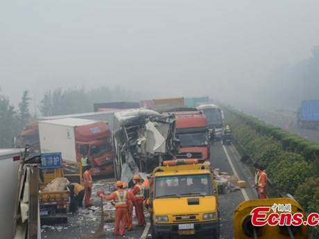 Trung Quốc: Tai nạn nghiêm trọng trên cao tốc, ít nhất 11 người chết