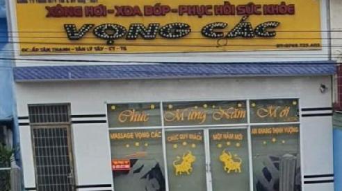 3 đôi nam nữ bán dâm ở cơ sở massage: Thu 35 bao cao su