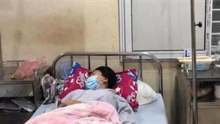 Phú Thọ: Nữ sinh lớp 10 nghi bị mẹ của người yêu cũ gọi người đến đánh chấn động não