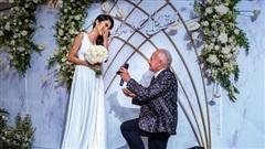 Chia tay tỷ phú Mỹ 72 tuổi, Cổ Ngân thi Hoa hậu Hoàn vũ Việt Nam