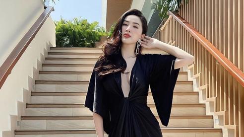 Instagram look sao Việt tuần qua: Sơn Tùng chụp ảnh kiểu... khó hiểu, Ngọc Trinh 'quẩy' hàng hiệu cả trăm triệu hậu mất 15 tỷ đồng