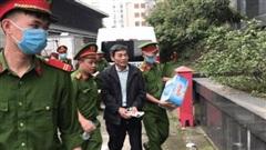 CLIP: Các bị cáo vụ Gang thép Thái Nguyên gây thất thoát 830 tỉ đồng hầu toà