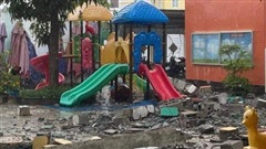 TP.HCM: Khối bê tông 'khủng' đổ sụp xuống trường mầm non