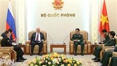 Bộ trưởng Phan Văn Giang tiếp Đại sứ Lào, Campuchia, Nga