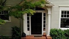Phong thuỷ cần biết: Có nên xây tam cấp ba bậc trước nhà?