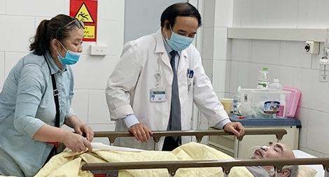 Có 'chảy máu chất xám' tại Bệnh viện Bạch Mai?