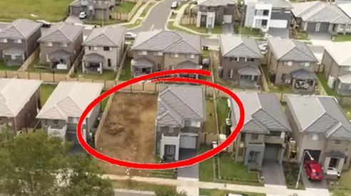 Tin nhầm thợ xây, gia chủ nhận được căn biệt thự cụt mất một nửa sau 3 năm chờ đợi