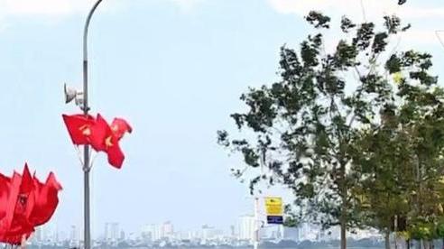 Bất chấp khuyến cáo, nhiều người dân Hà Nội vẫn vô tư tập thể dục ngoài trời