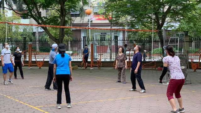 Từ 12h ngày 13-5: Hà Nội tạm dừng các hoạt động thể thao tập trung đông người, sân golf, sân tập golf
