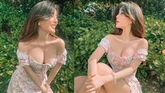 Mặc váy xẻ tà quá sâu, hot girl Võ Ngọc Trân bị nhắc nhở vì pha hớ hênh suýt 'lộ hàng'