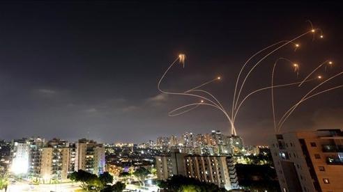 Chảo lửa Trung Đông: Israel phát hiện rocket từ Lebanon, tố Hamas 'khủng bố', Hội đồng Bảo an dời lịch họp